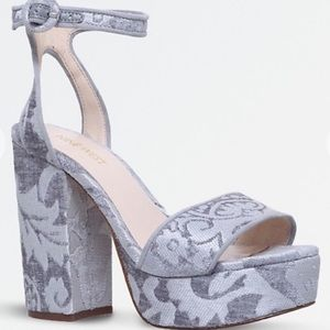 Nine West Krewl Platform Sandals in Brocade Silver